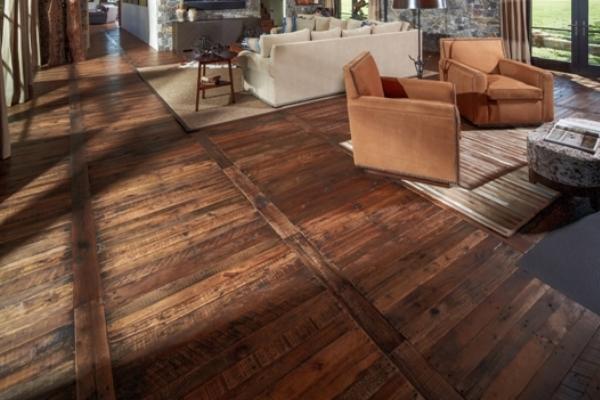 C mo instalar pisos de madera r stica constru gu a al d a - Como instalar piso parquet ...